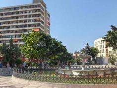 ¿Sabes en qué ciudad de Málaga se encuentra esta plaza? Vente a celebrar el Día del Turista: paella y bebida GRATIS > http://tactilticket.es/paella-y-bebida-gratis-en-el-dia-del-turista-de-torremolinos/#.UicXkhsvV0Y