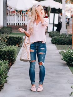 Casual Fall Outfits That Will Make You Look Cool – Fashion, Home decorating Cute Spring Outfits, Girly Outfits, Mode Outfits, Outfit Summer, Spring School Outfits, Cold Spring Outfit, Smart Casual Outfit, Casual Outfits, Spring Outfits Women Casual