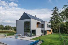 Diseño contemporáneo y elegante con pizarra natural en esta casa familiar en Braives - Bélgica   #arquitectura