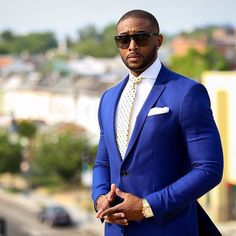 Stylish blue groomsmen suits ideas 56