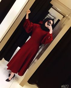 graduation outfit – ♥ ️ Burgundy color of our dress Double crepe is the new season product In summer … Abaya Fashion, Muslim Fashion, Modest Fashion, Fashion Outfits, Hijab Outfit, Hijab Dress Party, Graduation Outfits For Women, Abaya Mode, Hijab Stile