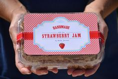 This is such a cute gift idea! I really like the gingham lids... wish I had found them yesterday! http://www.infarrantlycreative.net/2011/08/strawberry-jam-labels.html#