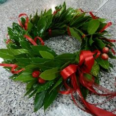 Ikebana, Flower Decorations, Decoupage, Christmas Wreaths, Graduation, Holiday Decor, Flowers, Blog, Crowns