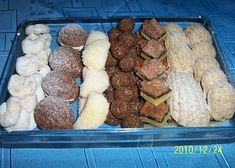 vanilkové rohlíčky-ořechy-škebličky-kuličky-oříškový koláč-pracny Kefir, Ham, Sausage, Beef, Cooking, Food, Meat, Kitchen, Hams