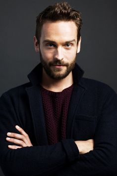Ichabod Crane | Community Post: 31 Fantastic Fictional Characters You Want To Spend A Snow Day With