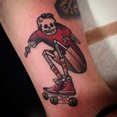 Antony Von Ratcorpse loves doing any type of skateboarding tattoo, it's definitely a bonus if it has a skeleton in it! You should get in contact with Antony if you're after something similar to this before he heads over to New Zealand for the New Plymouth tattoo convention. @ratcorpse #skateboardtattoo #antonyvonratcorpse #skateboarding #grimcreepers #melbournetattoo (at Vic Market Tattoo)