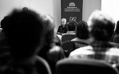 Conferencia �4 Fot�grafos en la distancia corta: Joan Fontcuberta�
