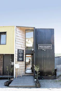 Galeria de Hotel e Cafeteria em Palafita / Eugenio Ortúzar + Tania Gebauer - 5