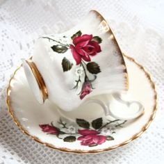 VINTAGE TEASET CUP AND SAUCER ROYAL IMPERIAL BONE CHINA  22ct GOLD WEDDING
