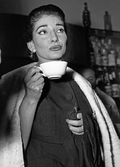 Maria Callas Maria Callas, Physical Comedy, Guy Bourdin, Celebrities Then And Now, Hero's Journey, Black White Photos, Gal Gadot, Role Models, Supermodels