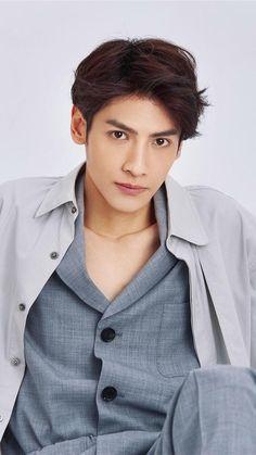 La Vân Hi - 罗云熙 - Leo Pretty Boys, Cute Girls, Vans Hi, Chinese Boy, Tumblr Boys, Korean Artist, Asian Actors, My Forever, Celebs