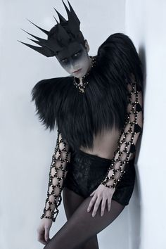 WHERE IS THE LOVE BUTTON FOR THIS!!! LOVE!!! dark, black, crown, royalty - editorial, avant garde, chic, fashion, costume #halloween