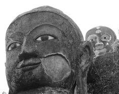Buddha-Statuen in Mrauk U