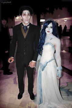 25 Chilling Tim Burton Costumes You Should Try This Halloween Hallowen Costume, Halloween Kostüm, Couple Halloween Costumes, Diy Costumes, Halloween Makeup, Cosplay Costumes, Costume Ideas, Halloween Couples, Skeleton Costumes