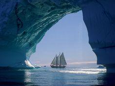 glamour sailing moment