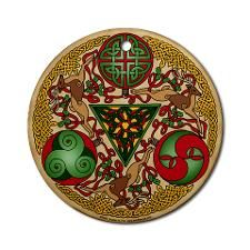Celtic Reindeer Shield Art Print by Kristen Fox. All prints are professionally printed, packaged, and shipped within 3 - 4 business days. Choose from multiple sizes and hundreds of frame and mat options. Celtic Christmas, Tartan Christmas, Christmas Cards, Christmas Decorations, Celtic Tree Of Life, Celtic Art, Celtic Symbols, Thing 1, Celtic Designs