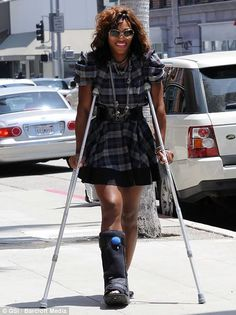 Serena Williams has surgery and ends up in a medical boot