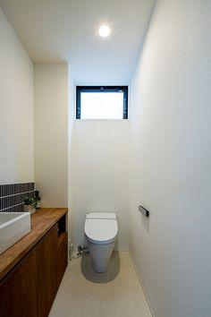 スカイラウンジ | 注文住宅なら建築設計事務所 フリーダムアーキテクツデザイン Toilet, Lounge, Bathroom, Lynx, Home, Decor, Ideas, Living Room Ideas, Design Interiors