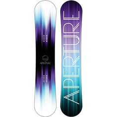 Hit your lines and initiate turns with ease in the Aperture Cosmo 152cm girls snowboard 2014. Elevate your ride with the reverse camber profile, directional twin shape, SLS fully laminated wood core, women's specific shape, biaxial glass, stainless steel edges, internal dampening, and an extruded base.