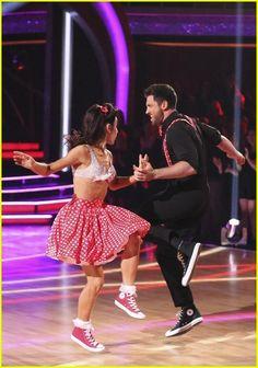 Meryl Davis & Maksim Chmerkovskiy Dance the Swing on #DWTS Week 2 (3/24/14)