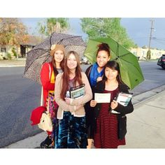 Sharing house to house Invatations to the Memorial of Jesus' Death in Shafter, California --  For More including locations and times see JW.org -- Photo shared by @thehomieesmeralda