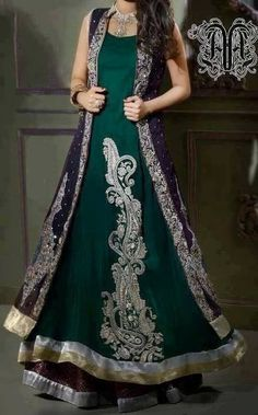 Bottle Green Front Open Gown Style Long Dress - Buy Latest Pakistani Bridal Fashion Dresses for Bride 2020 Prices Pakistani Wedding Dresses, Pakistani Outfits, Pakistani Bridal, Indian Dresses, Indian Outfits, Bridal Dresses, Pakistani Clothing, Collection Eid, Couture Collection