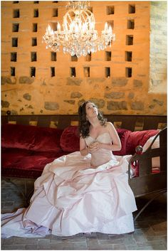 Baby Pink wedding dress  | On French Wedding Style with Photography © Encre Noire  Eric Malemanche