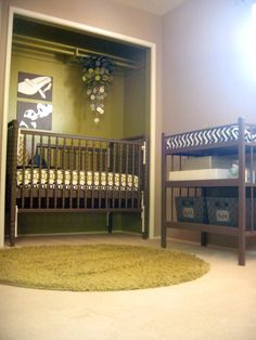 Baby Nursery: crib in closet, space saving ideas!