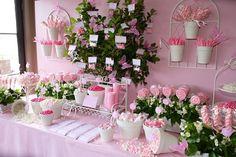 Fiestas con encanto: buffet : El jardín de chuches rosas