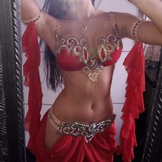 Buy for contact in wholesale prices dance costume and clothing ,whatapp ,more informa Belly Dancer Costumes, Belly Dancers, Dance Costumes, Belly Dancer Halloween Costume, Motif Corset, Looks Party, Belly Dance Outfit, Tribal Belly Dance, Belly Dancing Classes
