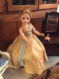 Madame Alexander 1950's Cissy Doll As Queen Elizabeth Near Mint #Dolls