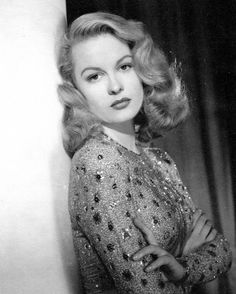 The lovely 1930s and 1940s movie star Sally Gray, who was also known as Constance Vera Browne, Baroness Oranmore and Browne.