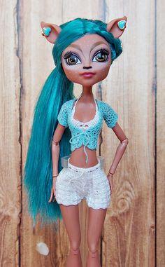 Crochet Monster High, All Monster High Dolls, Monster High Doll Clothes, Monster High Art, Monster High Custom, Monster High Repaint, Monster Dolls, Barbie, Doll Dress Patterns