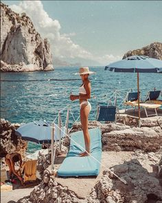 capri You are in the right place about Lifestyle girl Here we offer you the most beautiful pictures about the fitness Lifestyle you are looking for. When you examine the capri part of Places To Travel, Travel Destinations, Places To Visit, Summer Vibes, Summer Sun, Capri Italia, Couple Travel, Nice Ville, Single Travel