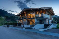 Villa Brunnfeld Chalet Interior, Interior Design, Cabin Homes, Cabana, Bauhaus, Bungalow, Sweet Home, Exterior, Mansions
