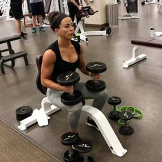 """547 Likes, 11 Comments - Sarah Bowmar, MBA, CPT (@sarah_bowmar) on Instagram: """"7x7x7 Shoulder Workout 1 round: 7 shoulder press 7 seated shoulder bombs 7 seated lateral…"""""""