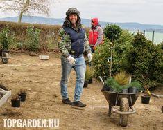 A kertre semmiképpen nem úgy kell tekinteni, mint valami nyűgre, ahol füvet kell vágni és összeszedni a leveleket, hanem úgy, mint egy saját kis béke szigetére. Plants, Plant, Planets
