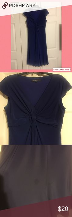 Beautiful Purple Dress 🅿️🆕 Listing Purple Dress with beautiful knot detail. Perfect for any occasion. Pre-Loved Jones Wear Dress (Sz 14) Has a small imperfection shown in the last picture. Not noticeable when wearing the dress. ✔️ Reasonable offers always welcomed ✔️ Ask away ✔️ Bundle and save Dresses Midi