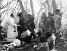 excelentes fotos de aborigenes tierra del fuego 1 - Taringa! Patagonia, Yanomami, Australian Aboriginals, Melbourne Museum, Chile, Tribal Art, Native American Indians, South America, Nativity