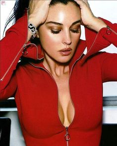 #monicabellucci #monica #bellucci #love #beautiful #dream #model #actress #fashion #women #girl #lovely #instagood #beauty #cute #Italy #famous #007 #sexy #моника #беллуччи #красота #модель #идеал #шикарная #актриса #l4l #моникабеллуччи #malena #малена