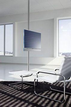 Television: Televisor, ¿el rey de la casa? - Ahoramás Reformas ¿Qué os parece la decoración de este salón? http://www.ahoramas.com/television-televisor-el-rey-de-la-casa/