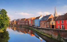 River Wensum, Norwich. Slow Travel Norfolk; wwww.bradtguides.com