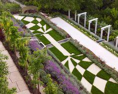 Modern Landscape - Front Garden Lawn Design