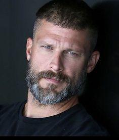 hairy men are always worth a look! Scruffy Men, Hairy Men, Hot Bearded Men, Handsome Man, Beard Styles For Men, Hair And Beard Styles, Badass Beard, Greg Vaughan, Mustache Styles
