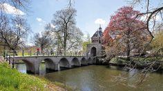 ooster port in #hoorn leuk brug om over te fietsen. Foto is van hoorn 4 daagse op de elektrische fiets