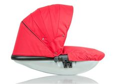 Connec+ +Casita Bassinet from guzzie + Guss Happy Canada Day, Baby Cribs, Bassinet, Baby Car Seats, Baby Strollers, Red And White, Connect, Nest, Purple
