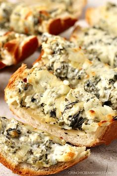 Spinach Artichoke Dip Cheesy Bread – your favorite dip gets a cheesy bread makeover! You will go crazy for this idea!