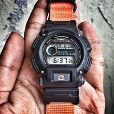 VARIO provides Graphic Nato, Ballistic Nylon and Harris Tweed watch straps to watch lovers Worldwide G Shock Watches, Casio G Shock, Sport Watches, Nerd Chic, Mens Gadgets, Casio Classic, Watches Photography, Expensive Watches, Nato Strap