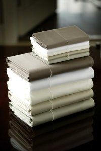 Amazon.com: LinenSpa 22-Inch 400-Thread-Count Egyptian Cotton Bed Sheet Set: Home & Kitchen  22 inch deep fitted sheet (I can't find them anywhere!) love the sateen but again have never found them to fit our bed