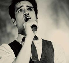 brendon urie the brows #sohot